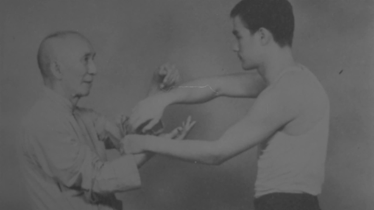 Bruce Lee, The Legend - Wing Chun and the ChaCha